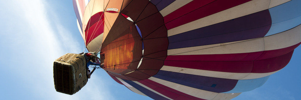 HOT AIR BALLOON RIDE banner.jpg