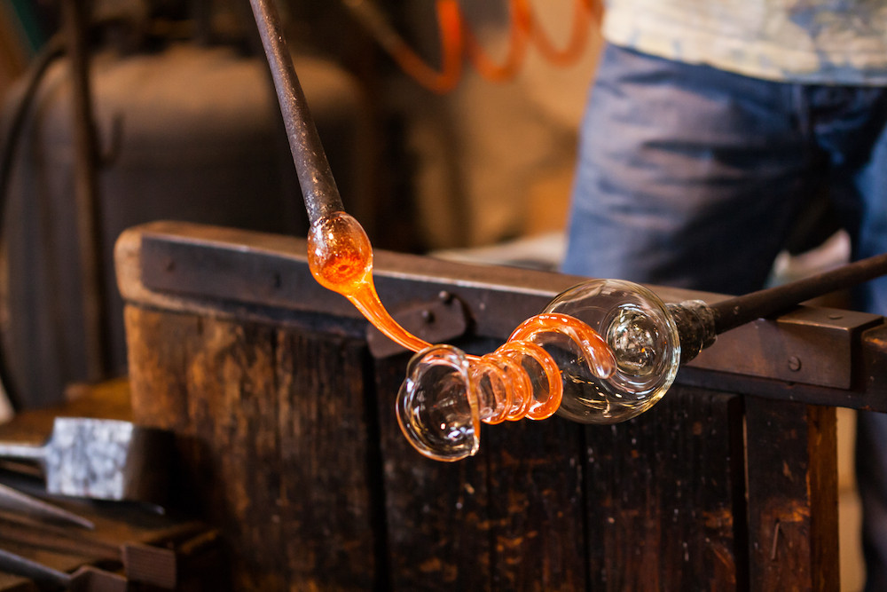 BLOW YOUR MIND GLASSBLOWING CLASS FOR IN MURANO.jpg