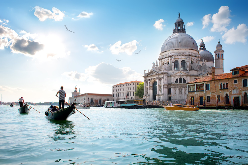 VENICE ORIENTATION TOUR AND GONDOLA RIDE.jpg